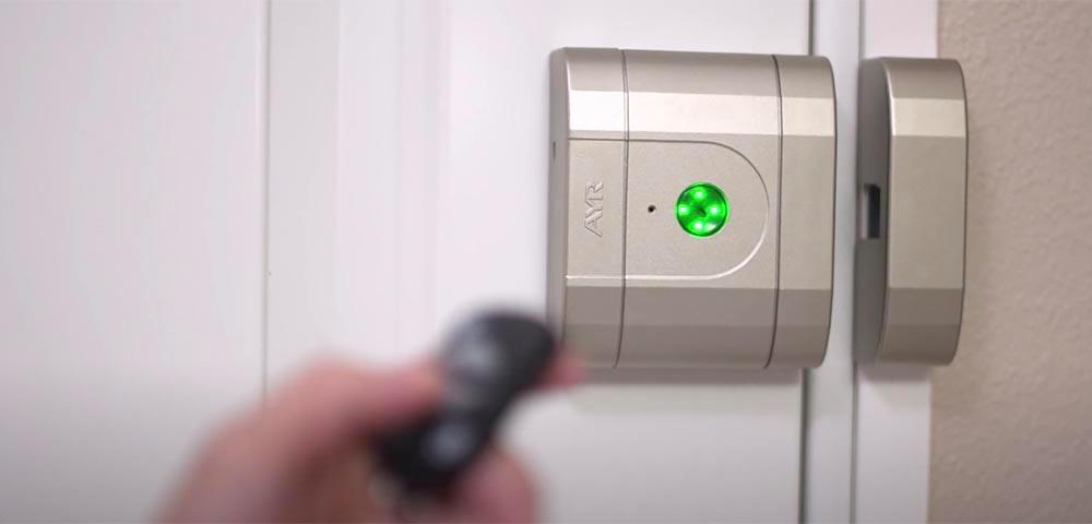 Încuietoare inteligentă invizibilă • Int-Lock • acționare din telecomandă